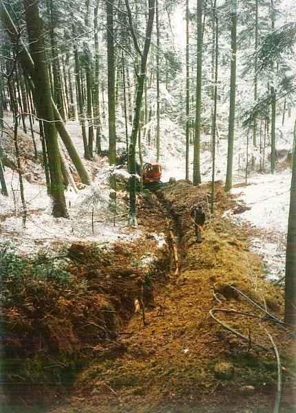 1995 - 1997 Strom- und Wasserleitung