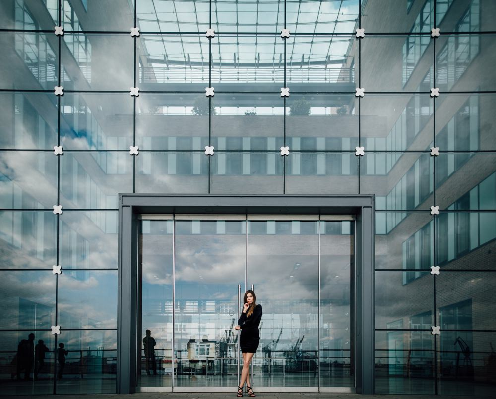 Modelfotos-Johanna Winterot Photography-Fotograf Hamburg-Sedcardshooting-Dockland-Altona-Hafen