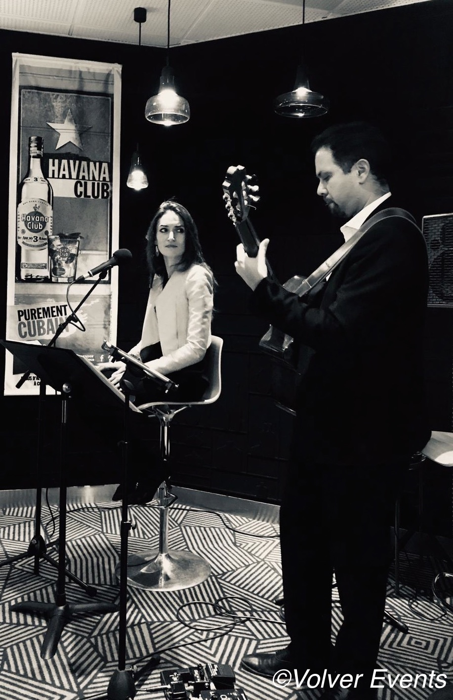 Yoan Fernandez & Lara Phanalasy - Afterwork Jazz & Bossa Nova