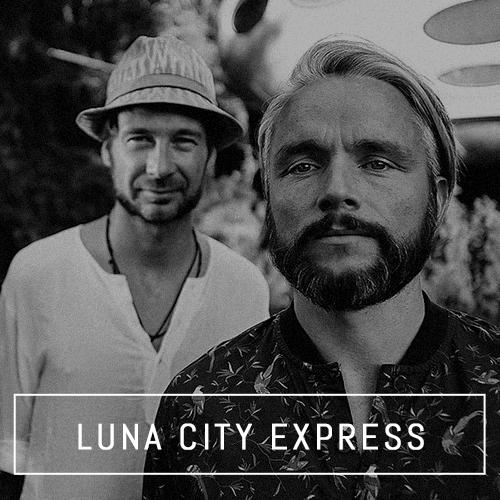 Luna City Express, Paracou Booking