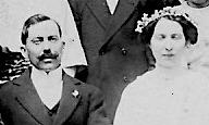 Avril 1914 : Marcel et Henria se marient.
