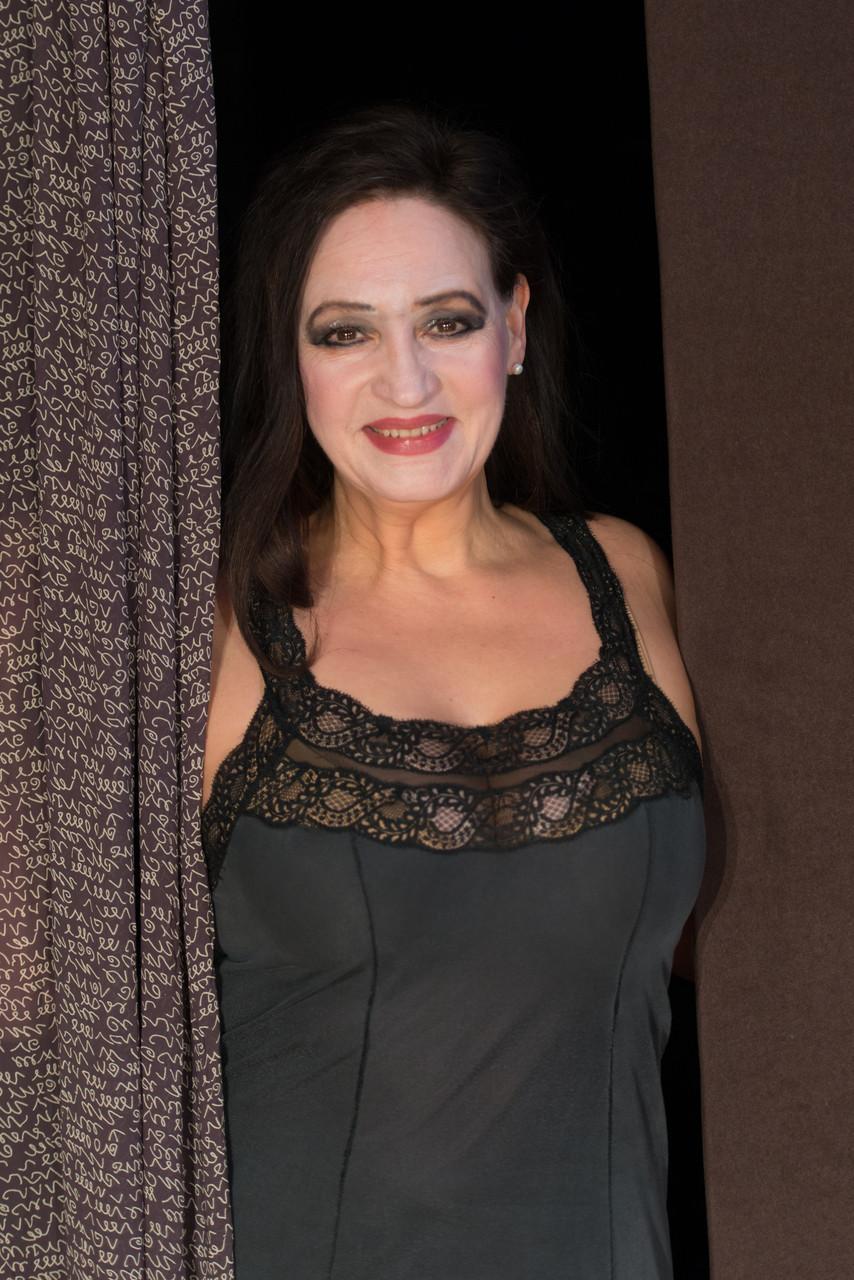 Angela Ludwig als Lady Torrance