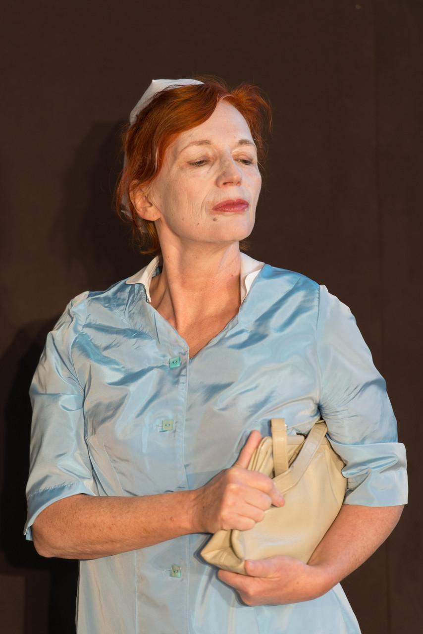 Isolde Zeh als Schwester Porter