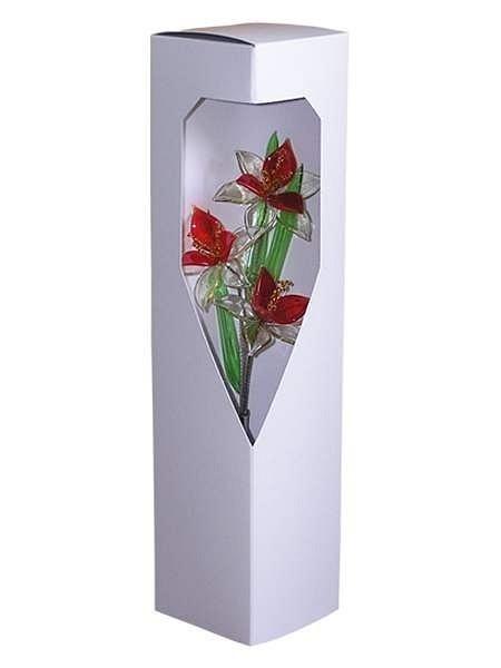 вот прозрачная коробка сердце под цветы вспотели, белье будет