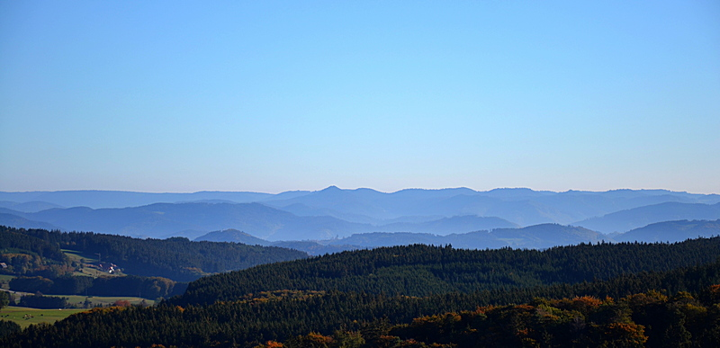 Hünersedelturm: Richtung Nordschwarzwald