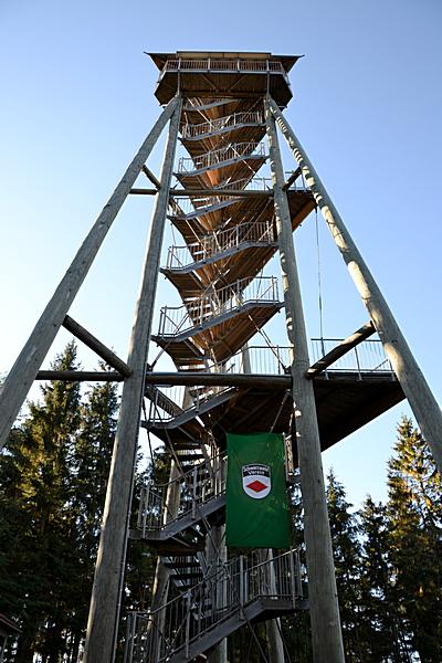 Hünersedelturm, Gesamthöhe 28,7 m, 126 Trepenstufen