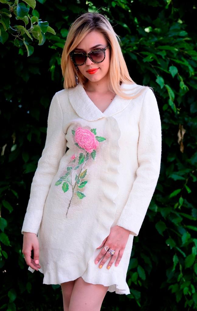 """Пальто """"Розы для любимой""""  $300"""