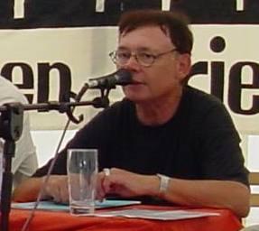 Dieter Popp 2003 auf dem UZ-Pressefest in Dortmund