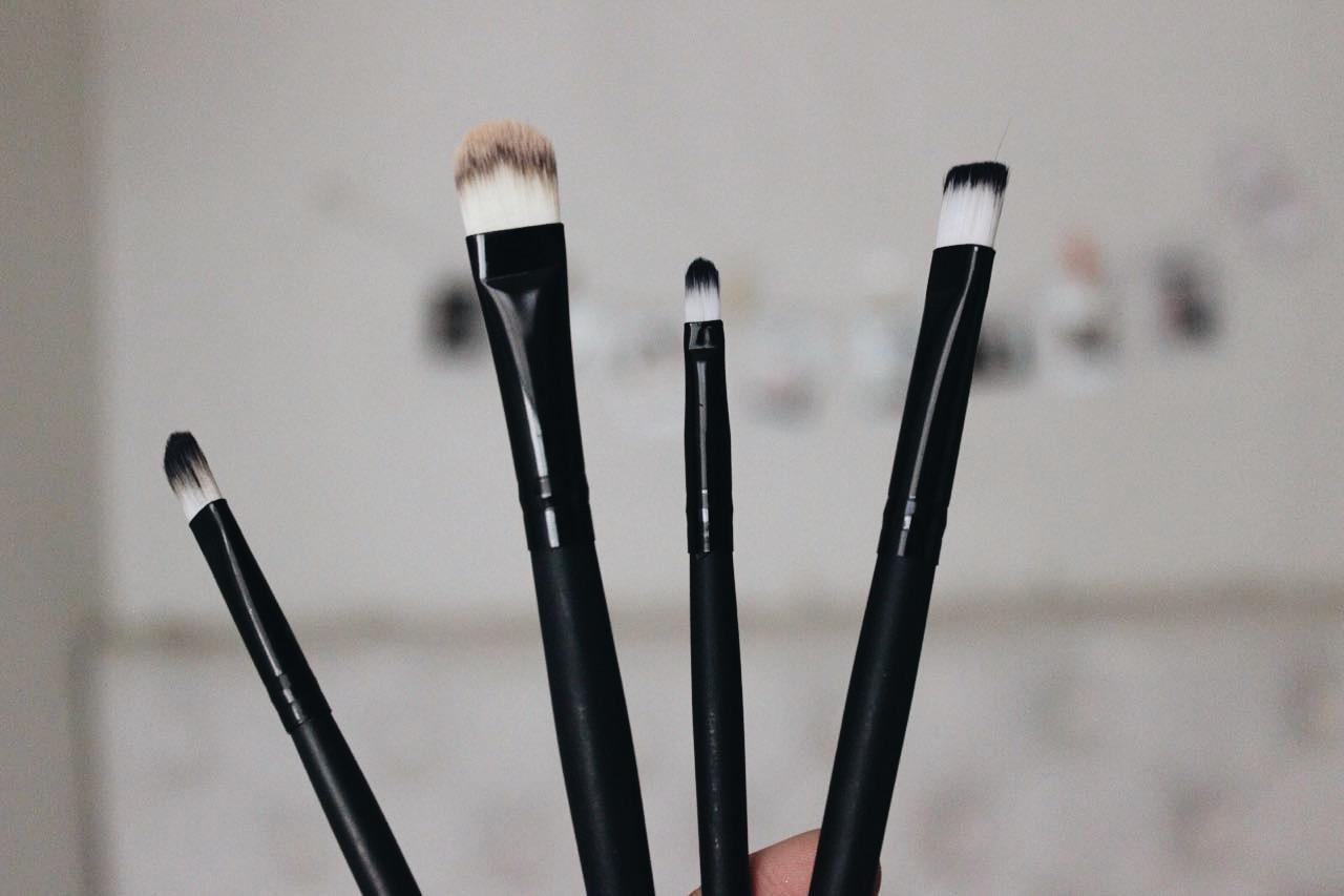 Como limpiar tus brochas en 4 pasos