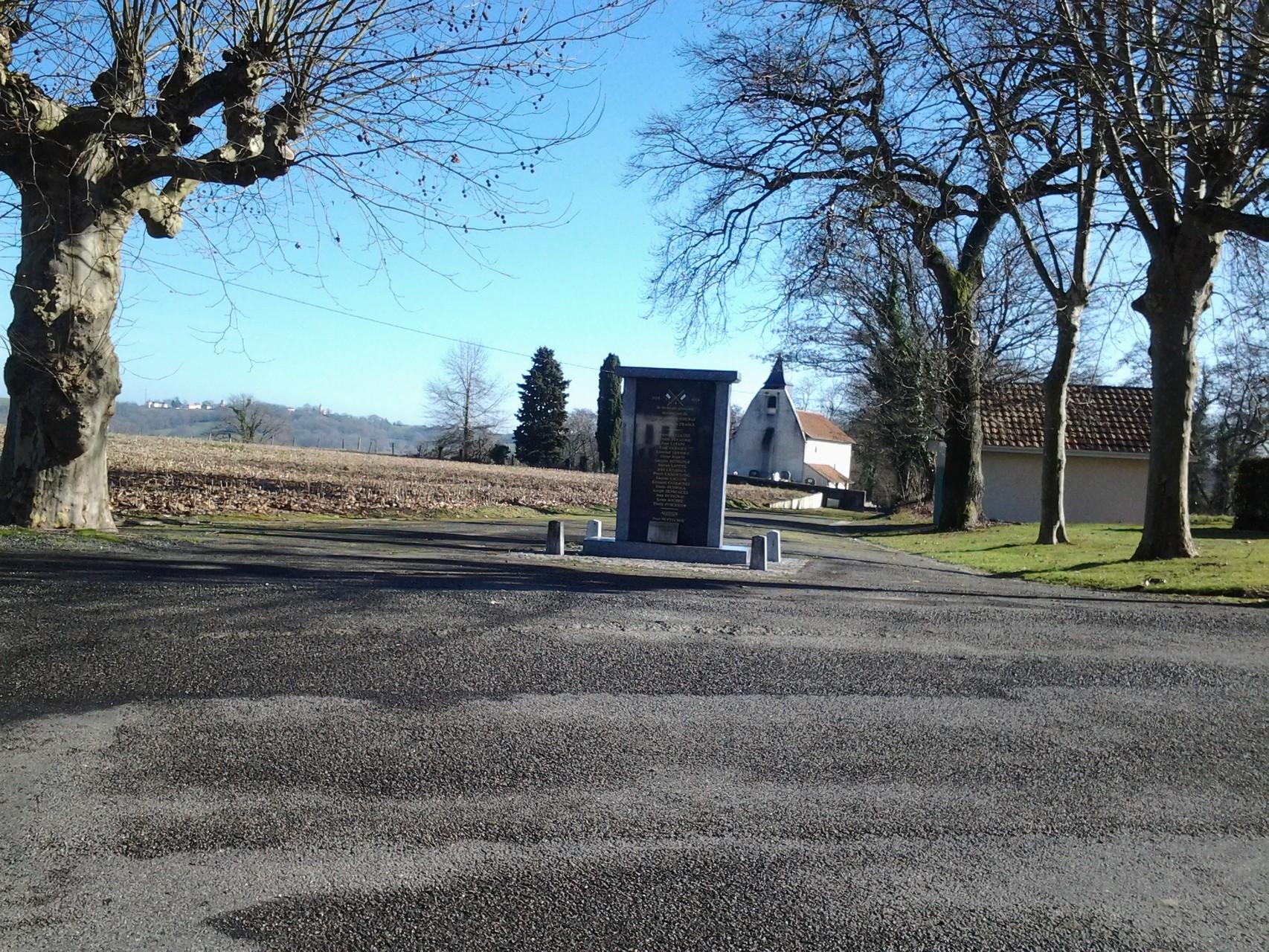 Monument aux morts Garlède-Mondebat