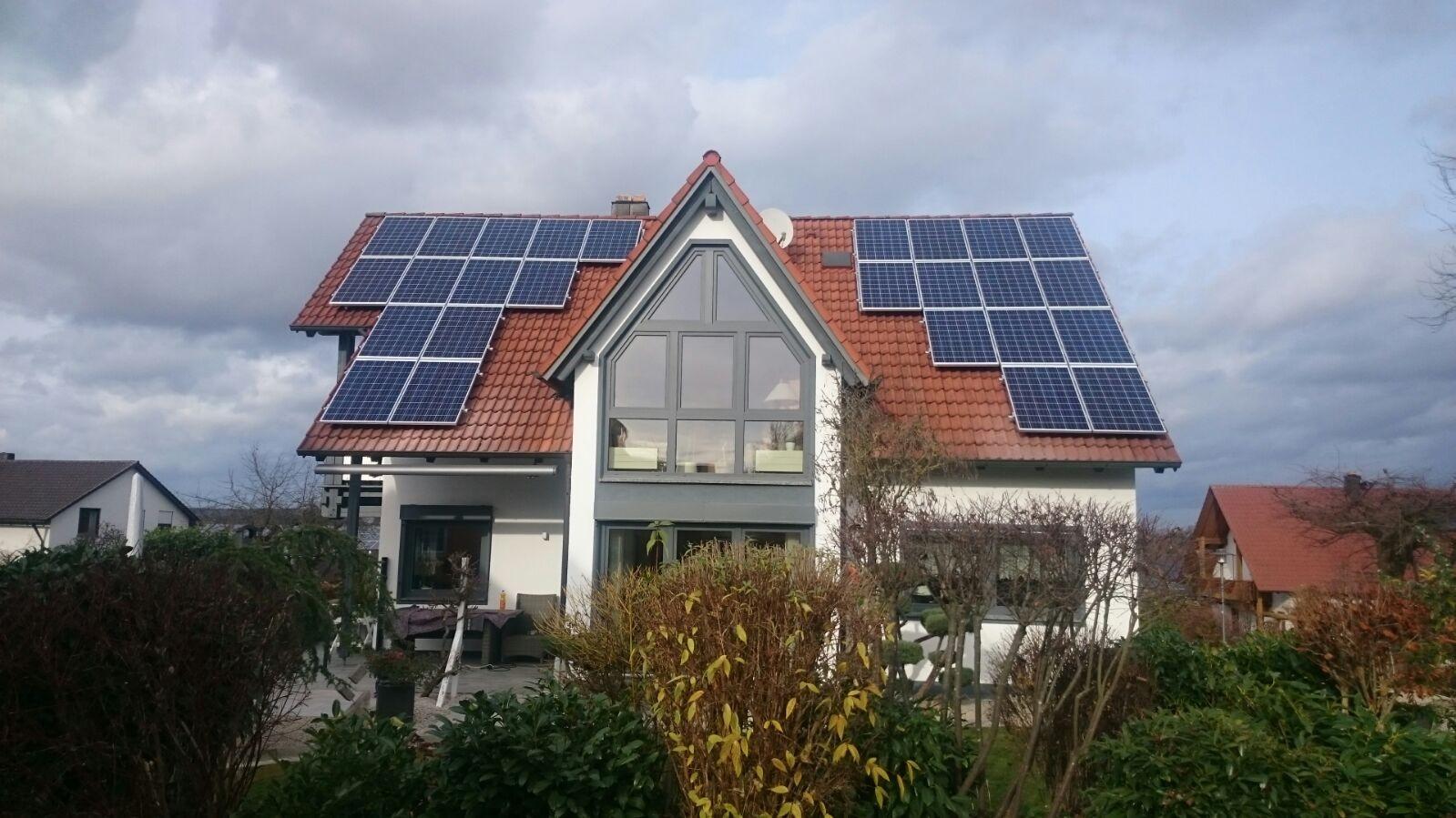 6,86 kWp Photovoltaikanlage mit Solarwatt Glas/Glas Module 30 Jahre Garantie mit Senec 5 Lithium Speicher in Burglengenfeld