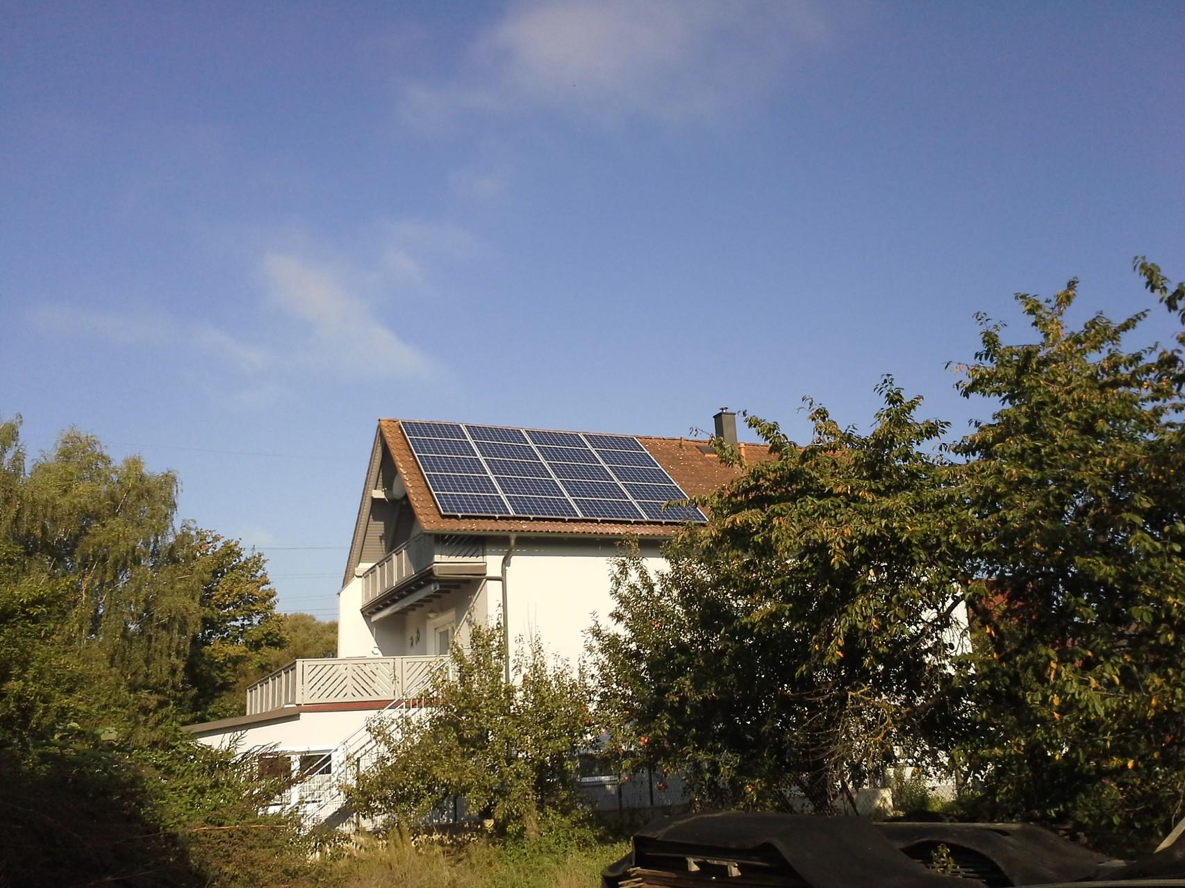Phototovoltaikanlage 9,945 kWp in 94421 Schwandorf mit Solarwatt Glas/Glas Module 30 Jahre Garantie