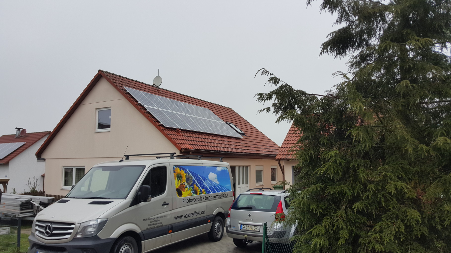 9,88 kWp Photovoltaikanlage 93188 Pielenhofen SolarWorld Modulen mit Senec  7.5 Lithium Batterie in 92551 Stullin