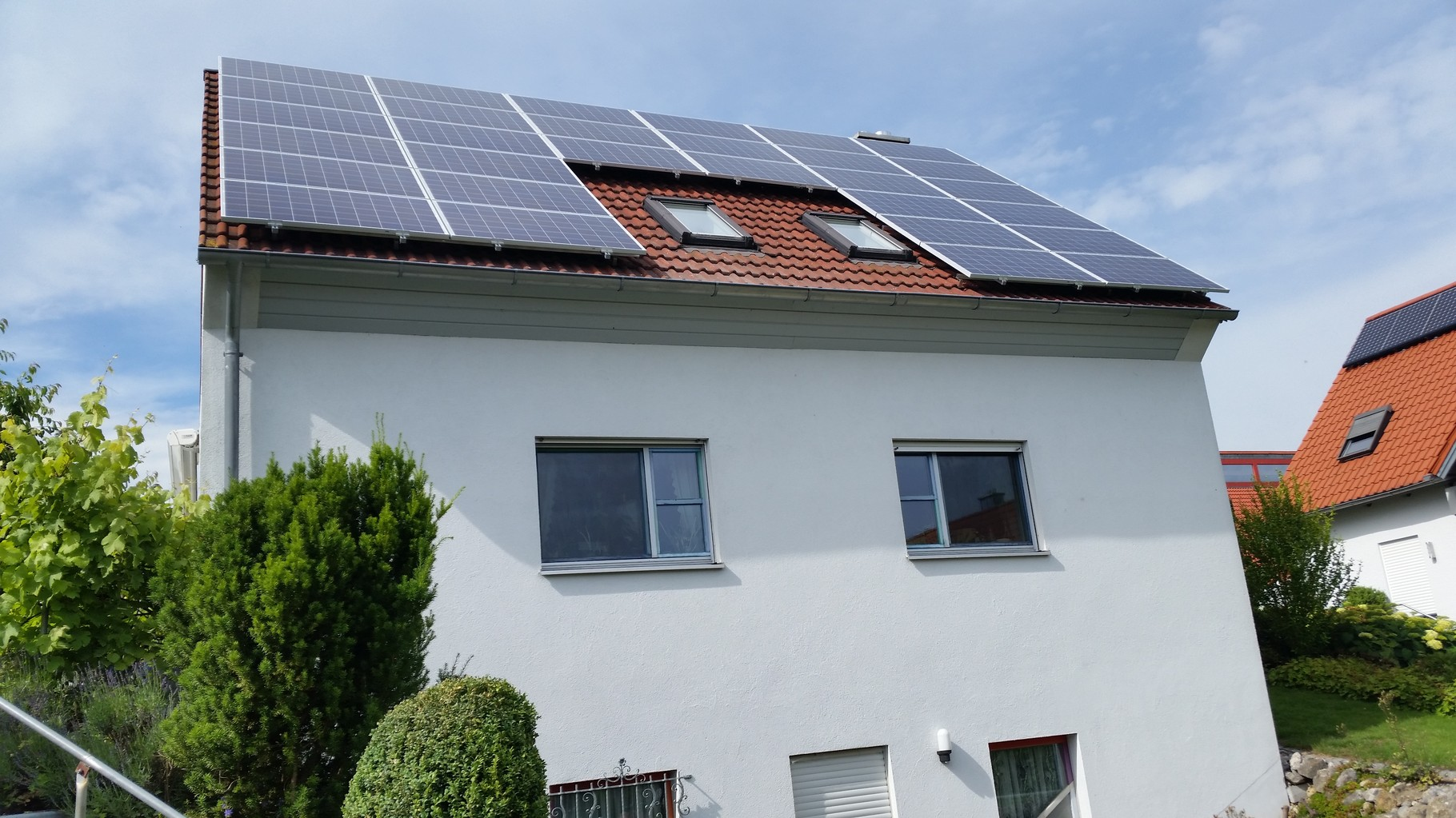 7,5 kWp Photovoltaikanlage 93077 Bad Abbach SHARP Modulen