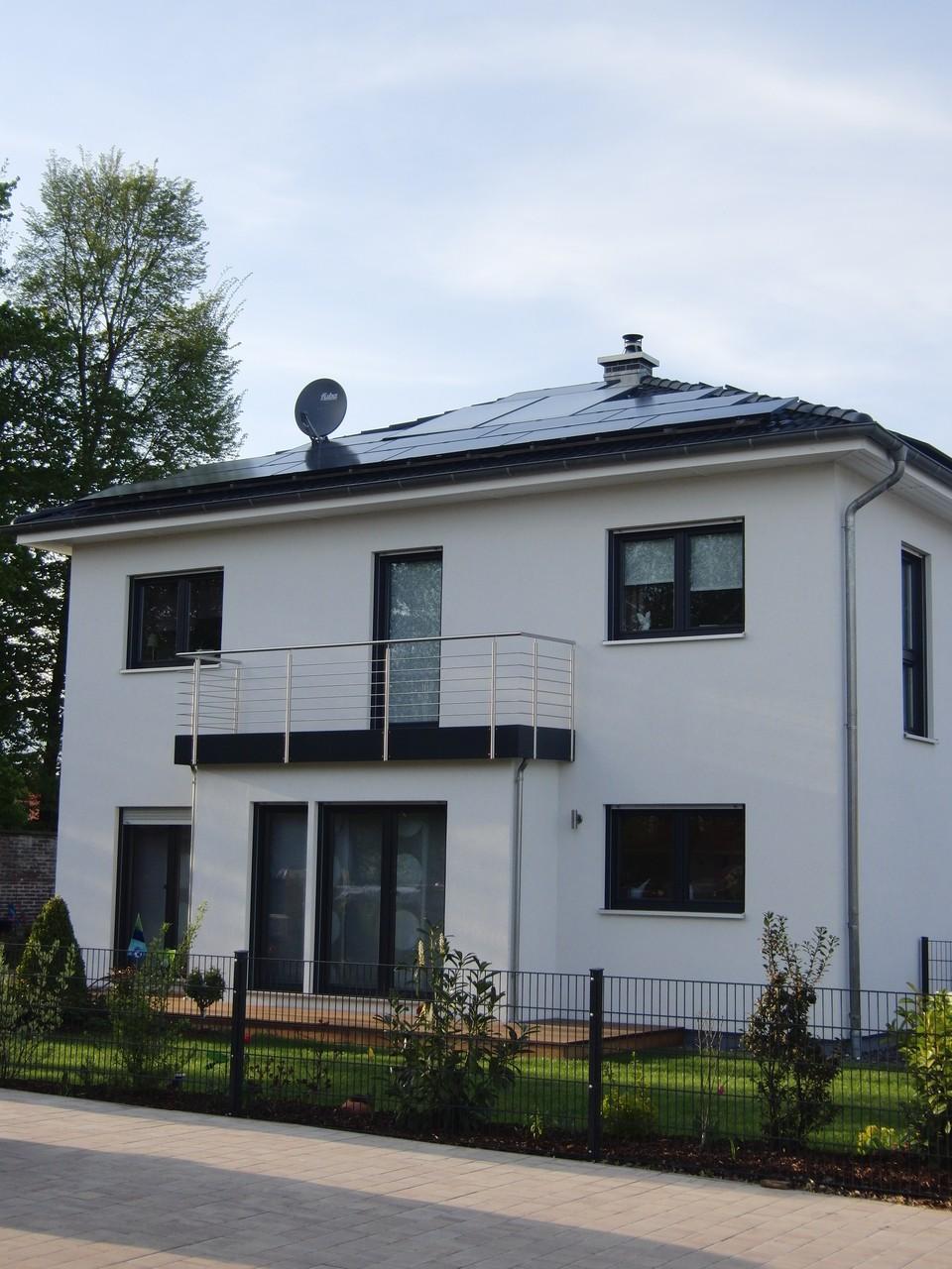 7,41 kWp in 93098 Rosenhof/Mintraching ET Solar Black
