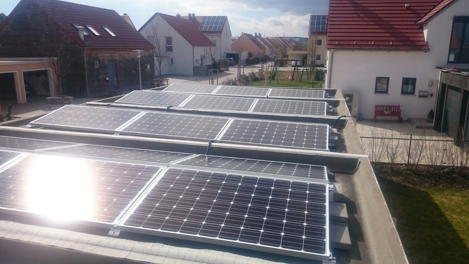 8,7 kWp Photovoltaikanlage mit Solarwatt Glas/Glas Module 30 Jahre Garantie mit Senec 10.0 Lithium Speicher