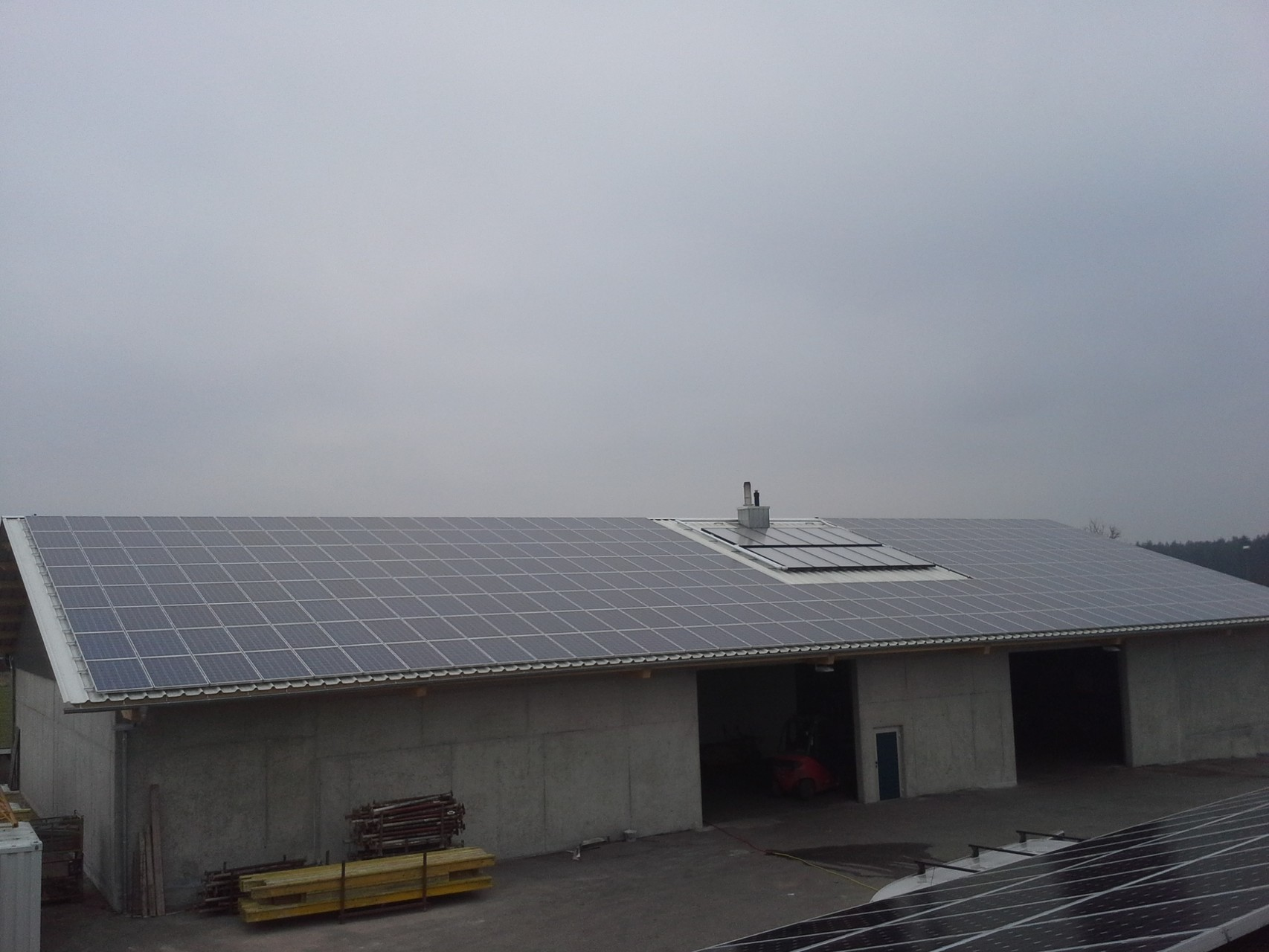 130 kWp Photovoltaikanlage 93351 Painten SHARP Modulen