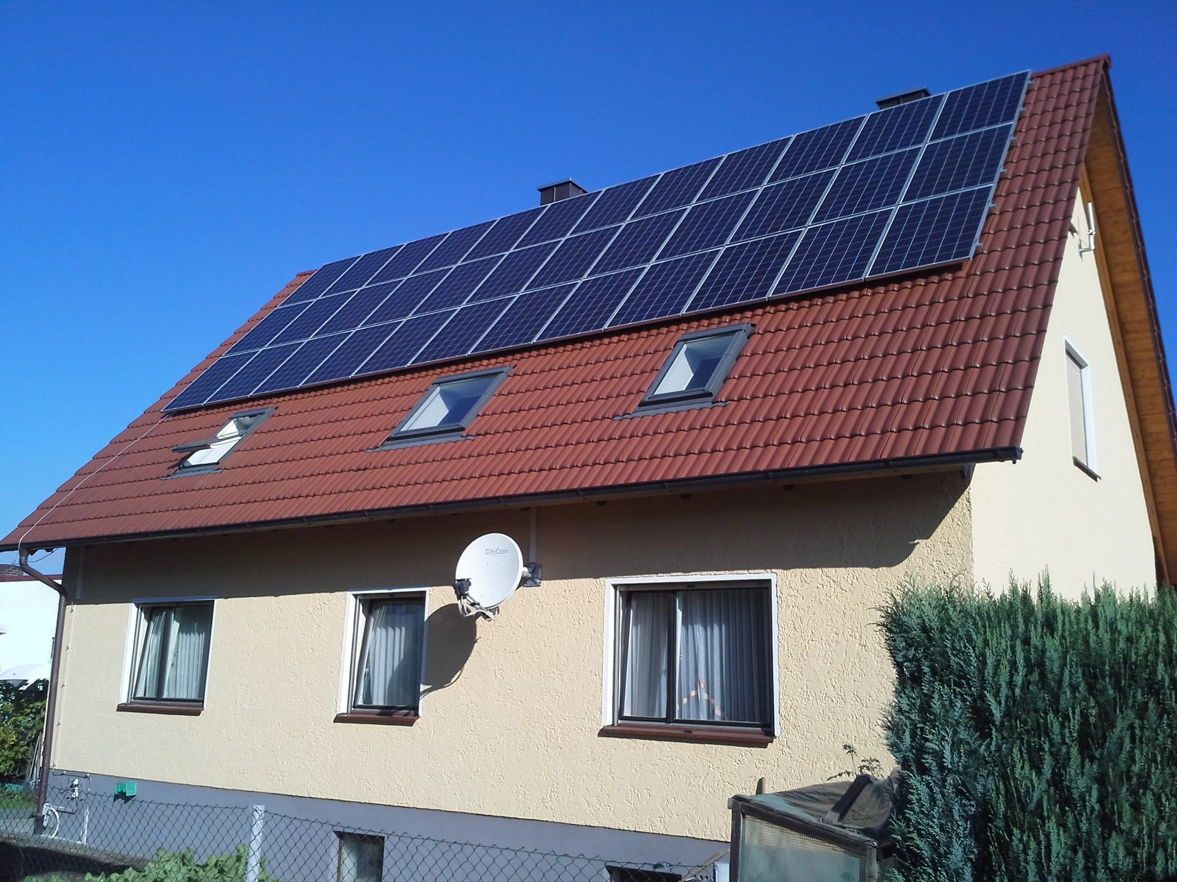 Phototovoltaikanlage 8,28 kWp in 93142 Mahütte - Haidhof mit Heckert Solar und BYD Hybrid Speicher