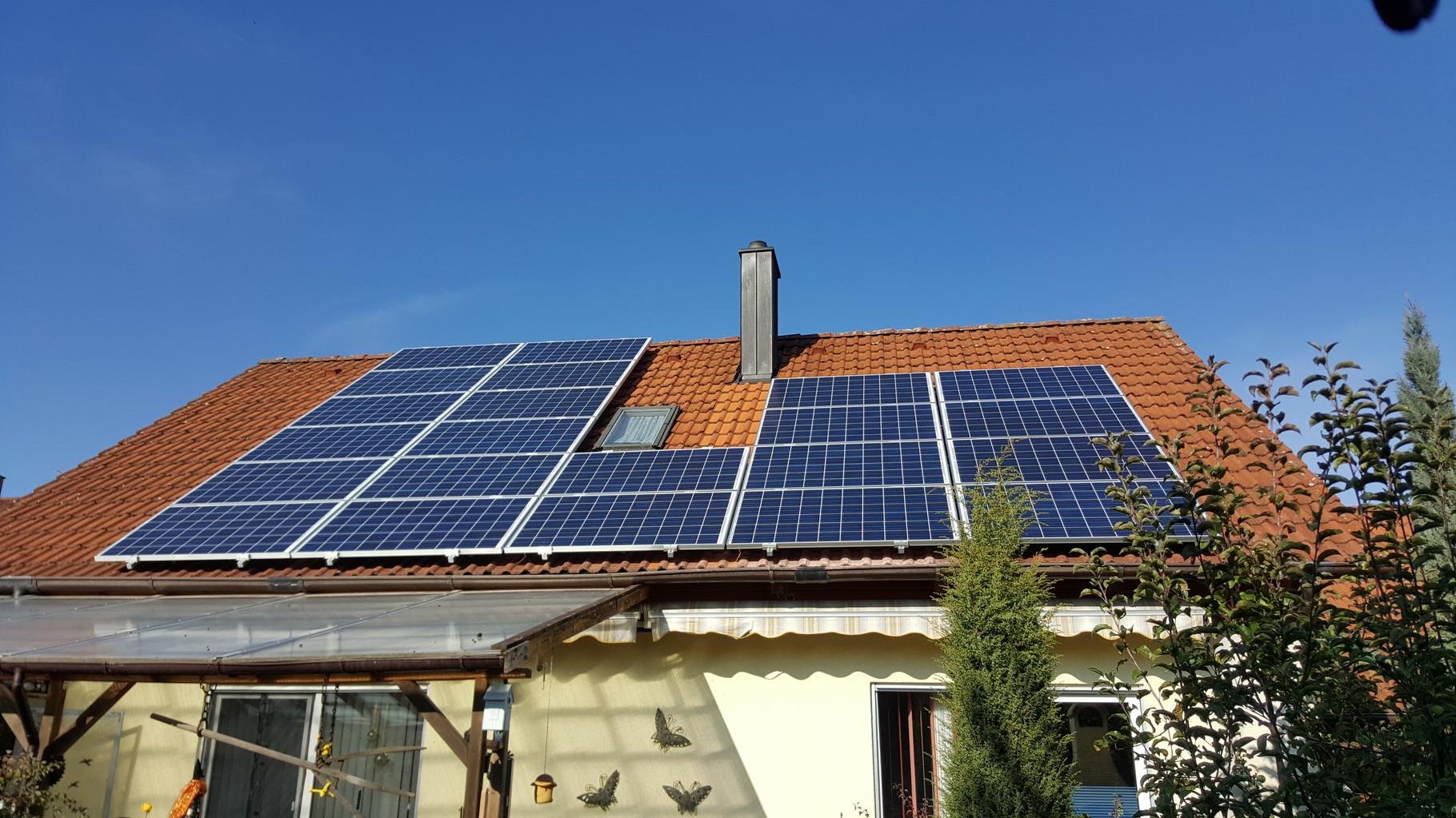 5,72 kWp Photovoltaikanlage mit Solarwatt Glas/Glas Module 30 Jahre Garantie mit Senec 4.0Pb Speicher in Pfaffenkofen