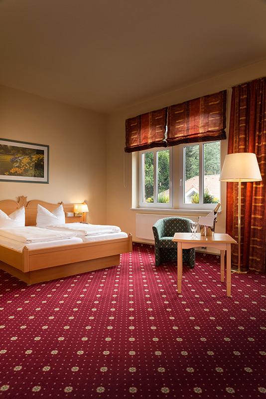 Innenaufnahme, Interieur, Hotelzimmer im Hotel Löwen Ilmenau