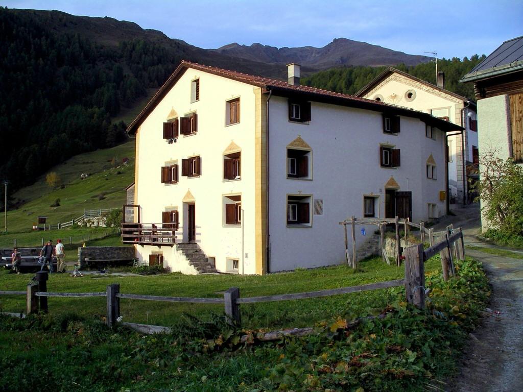 Ferienhaus Gruppenunterkunft Bos cha Engadin Graubünden