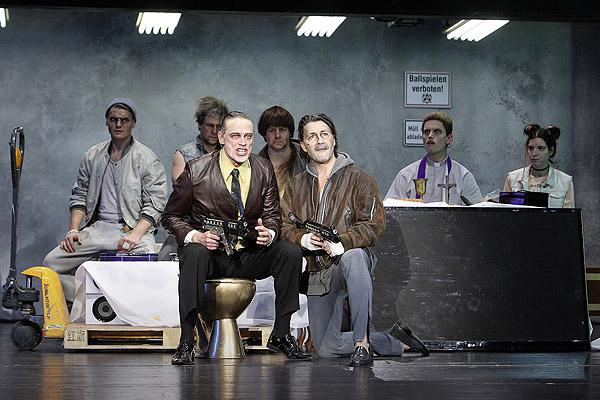 3 groschenoper -theater lübeck