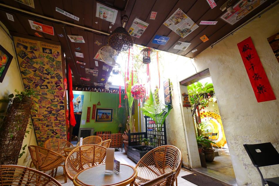 おっしゃれーな感じのカフェで休憩。世界各国の旅行マガジンに紹介されているらしい。