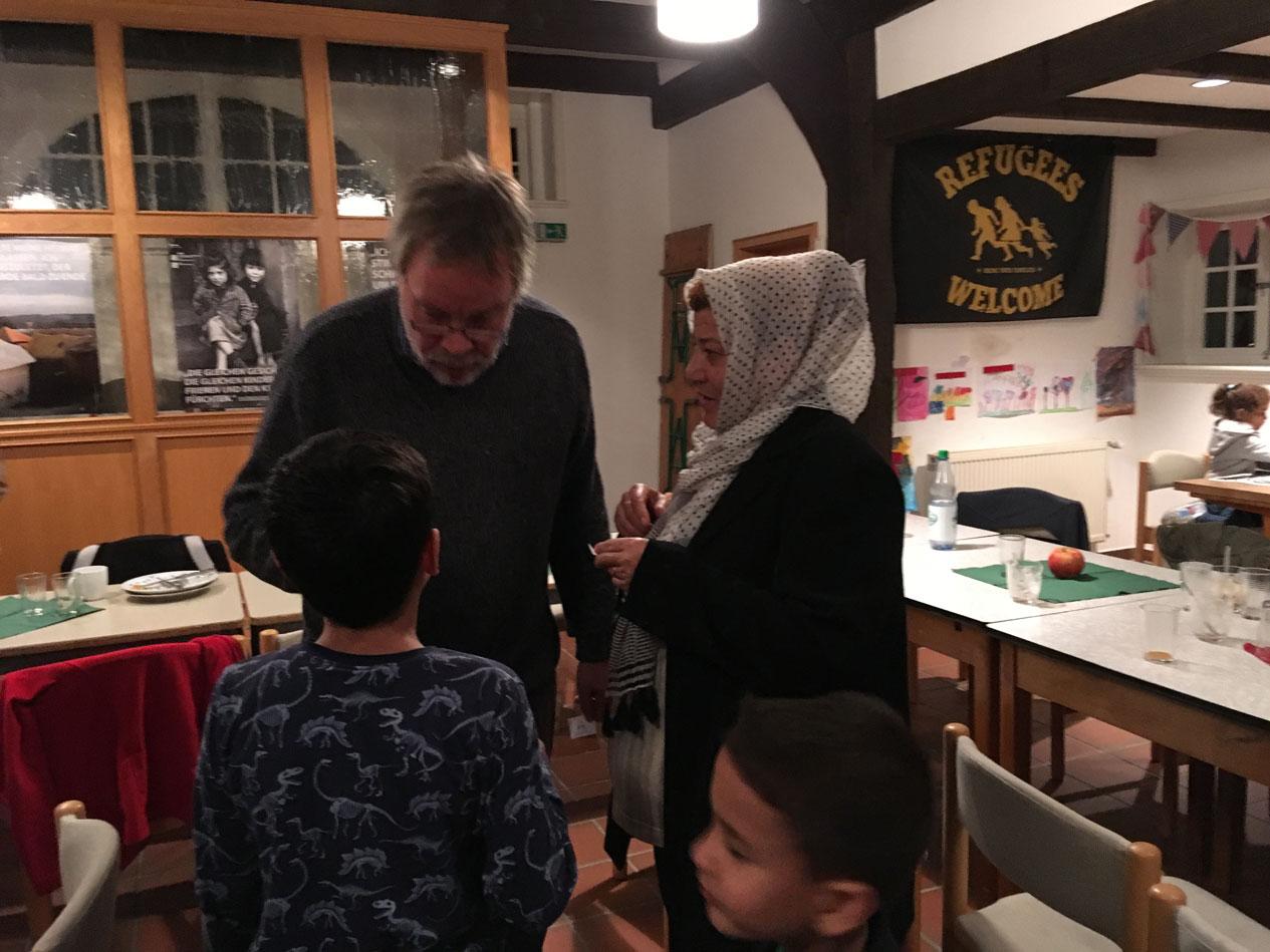 … am 13. Oktober die nächste Kochaktion mit Kennenlernen (die Kinder übersetzen)