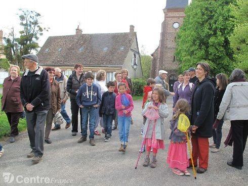 Une promenade dans les rues de Tremblay Les Villages © Groupe Centre France