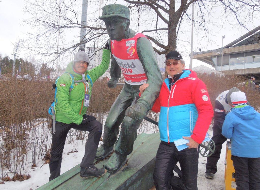 Bgm. Werner Frießer und Klaus Leistner mit Finn. Skipionier