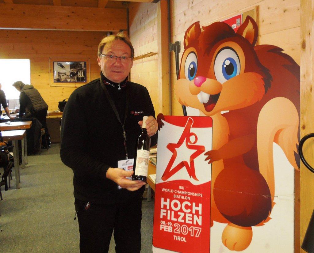 Helmut Hanus, Röckl Handschuhe