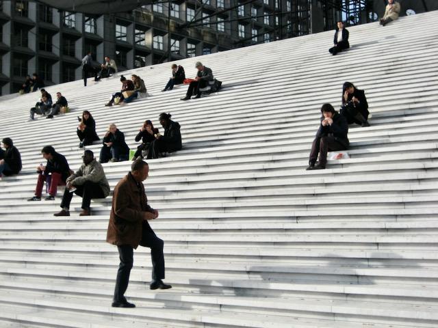 La Défense l'heure du déjeuner, Paris