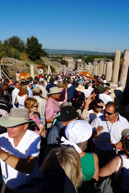 Morning bus tours arrive crowding the Avenue of Terrace Houses, Ephesus (Selçuk)