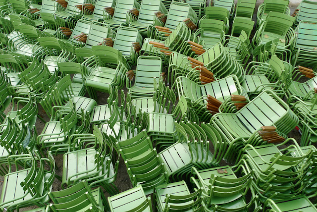 A plethora of green chairs, Jardin des Tuileries, Paris