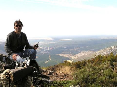 EA1GDN-El  amigo 30ek- ECB34GLZ Carlos en compañia de atila Pedro en Arbillos, Montaña de Velilla del Río Carrion<Palencia