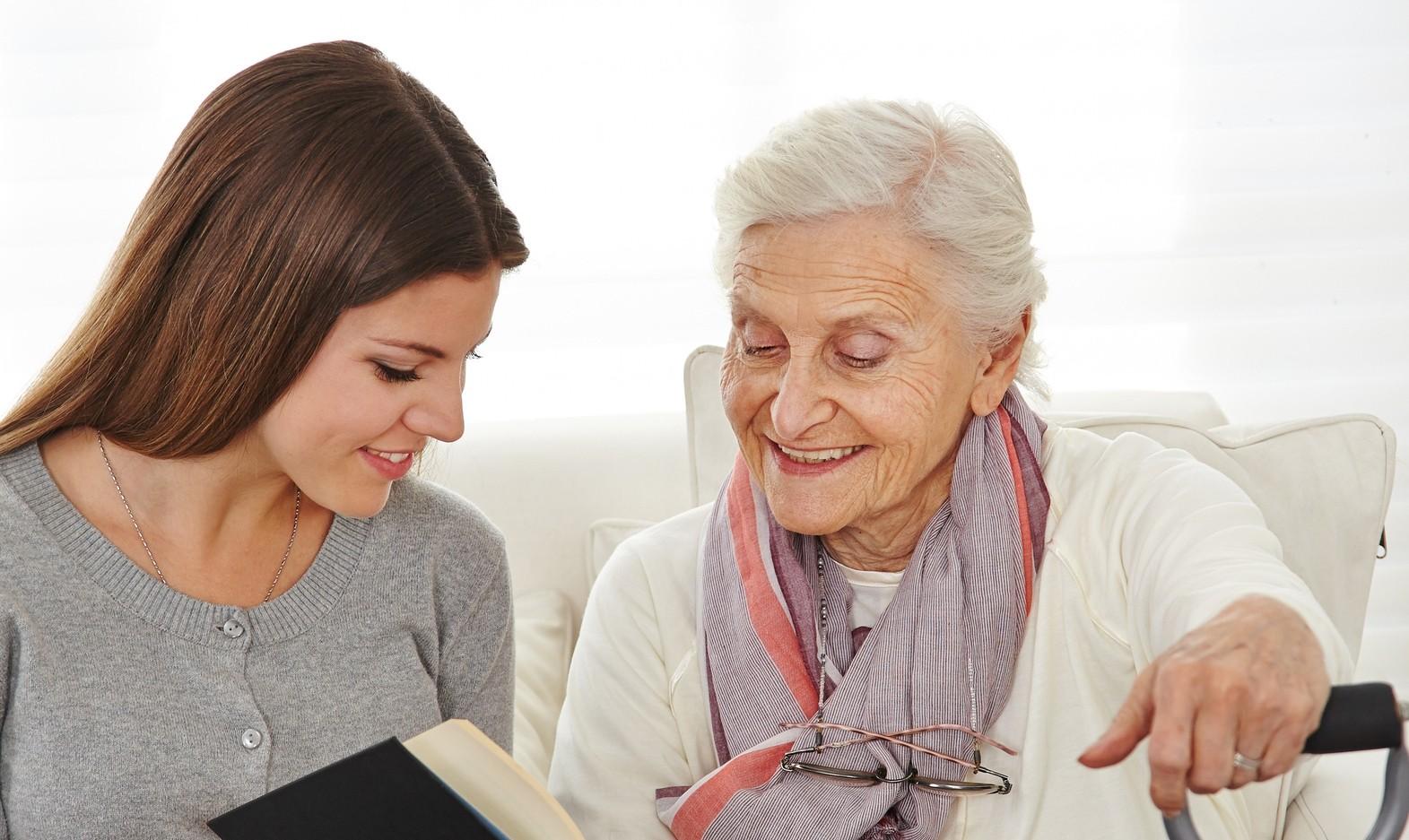 start seniorenhilfe in hamburg seniorenbegleitung und betreuung. Black Bedroom Furniture Sets. Home Design Ideas