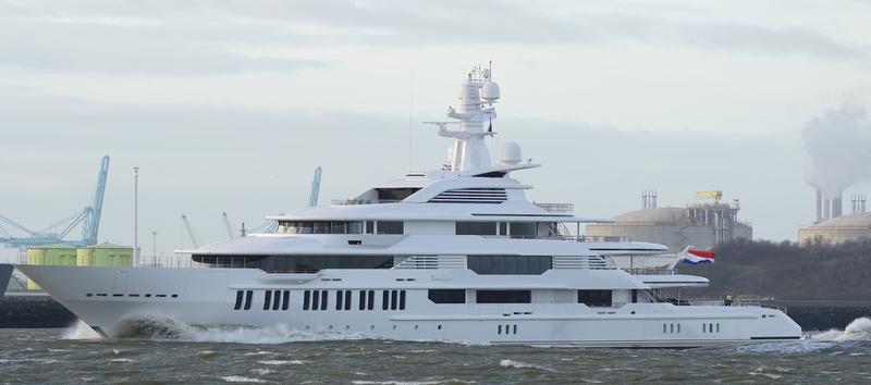 Motor Yacht Infinity