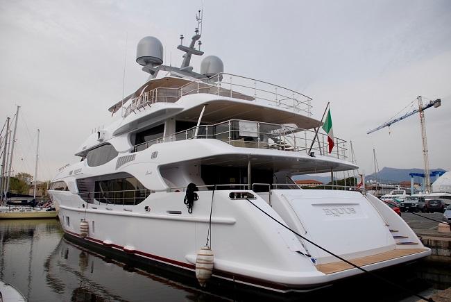 Motor Yacht Equus