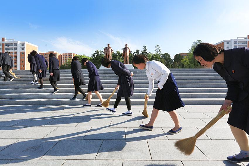 Картинки по запросу народ северной кореи