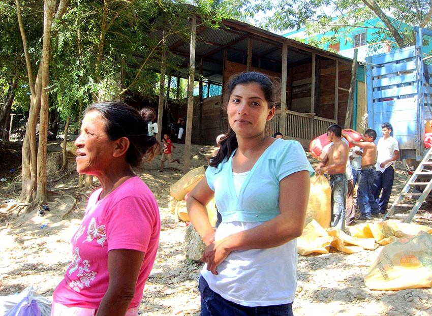 Мать и дочь. Гватемала