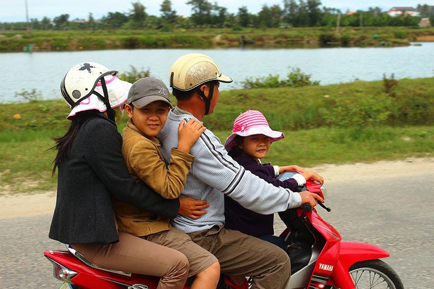 Всей семьёй. Вьетнам