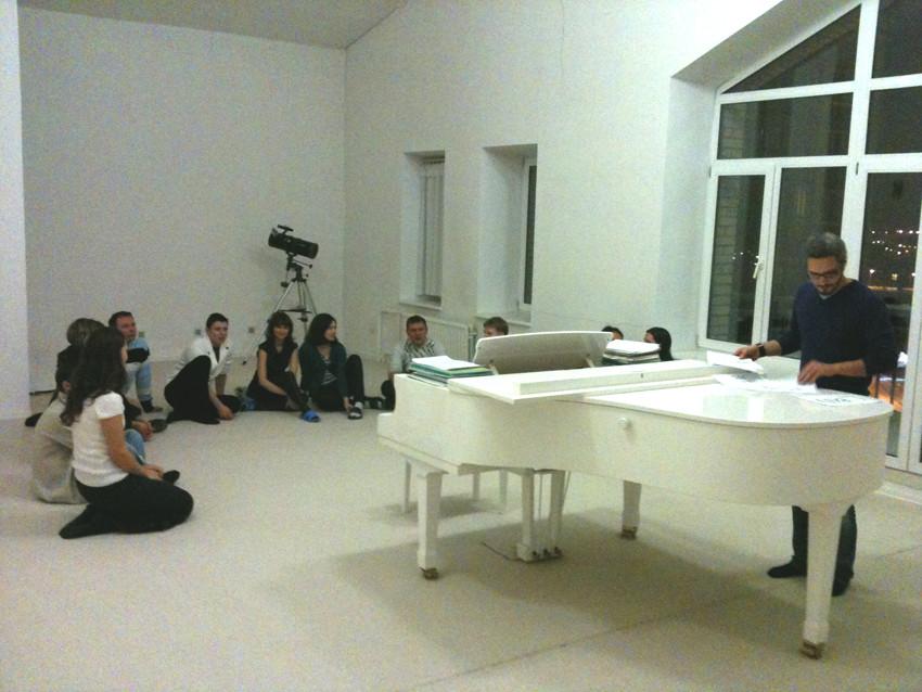 Лекция на квартире у Василия Шишкина