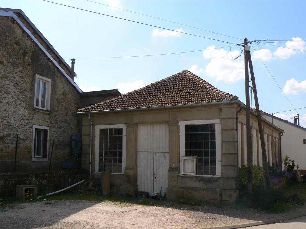 ex lavoir rue de Trémançon