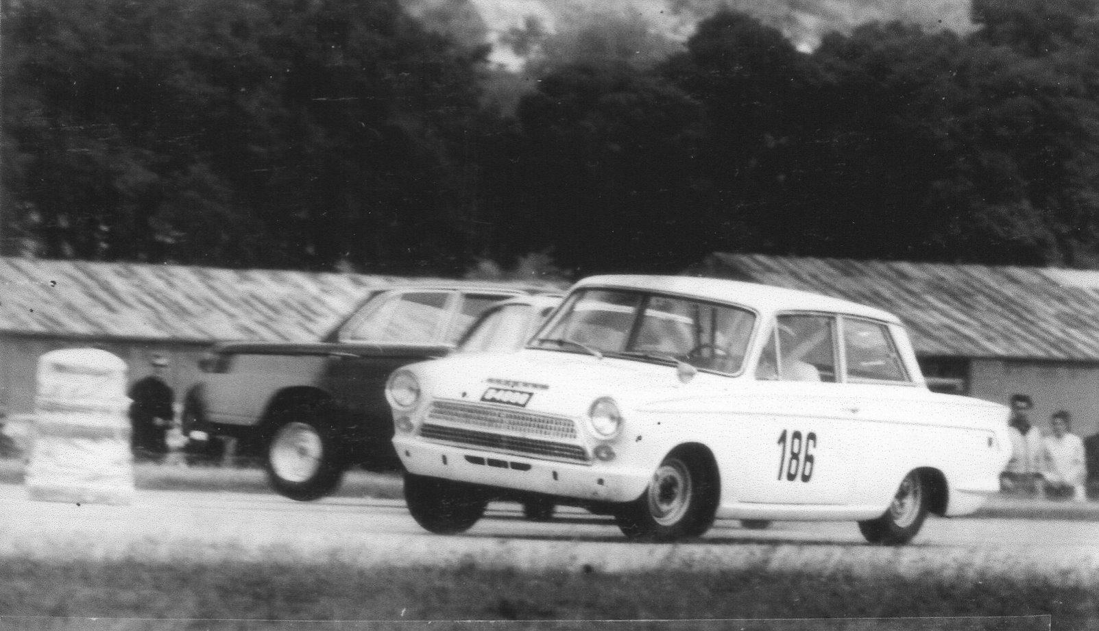 1965 Int. AvD-Flugplatz-Rennen Trier