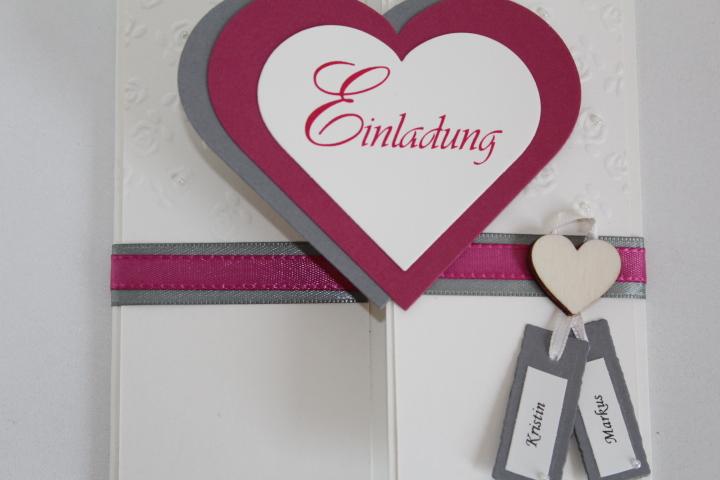 EH 70 mittig zu öffnen. Gerne arbeiten wir ein Bild von Euch auf die Herzinnenseite ein. Anhänger für die Vornamen des Brautpaares.