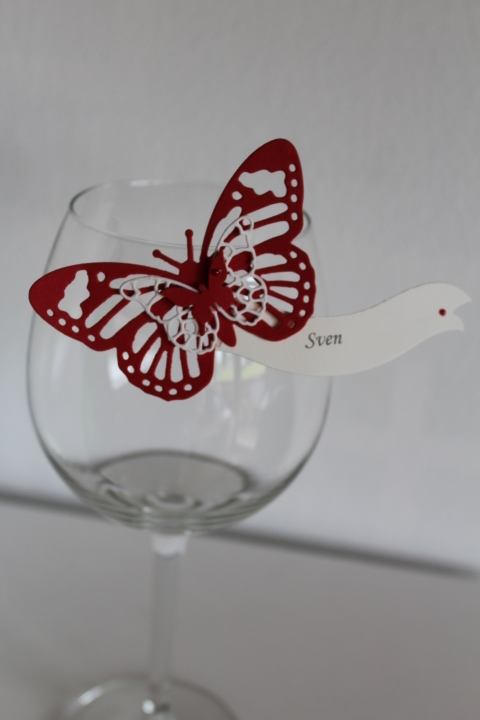TK 11 Schmetterlingstischkarte mit Holzklammer zum befestigen an Gläsern usw.