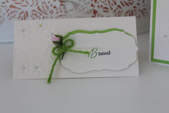TK 40 Tischkarte 5x10 cm. mit Seidenblume