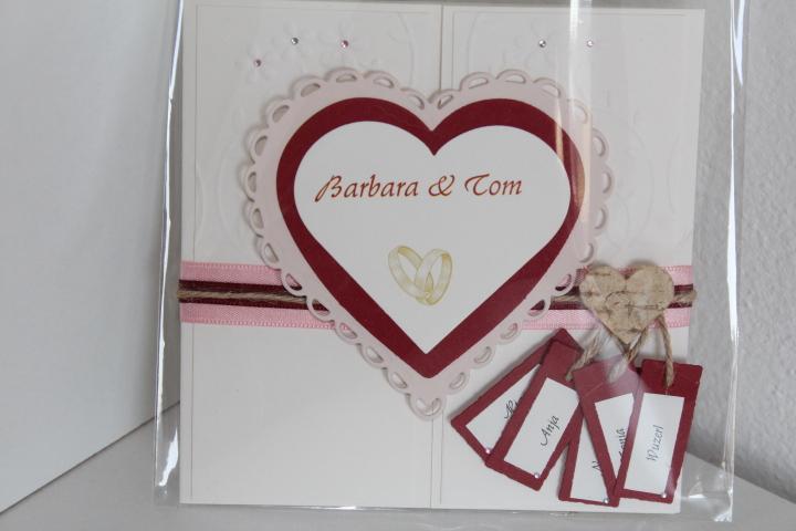 EH 71 mittig zu öffnen. Gerne arbeiten wir ein Bild von Euch auf die Herzinnenseite ein. Anhänger für die Vornamen des Brautpaares und ihren Kindern.