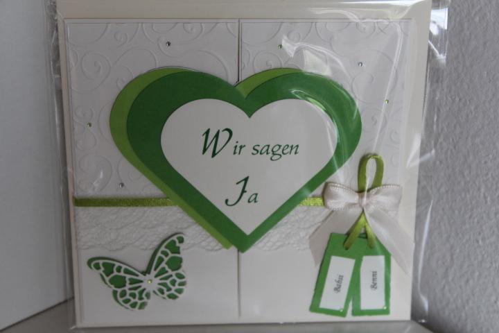 EH 78 mittig zu öffnen. Gerne arbeiten wir ein Bild von Euch auf die Herzinnenseite ein. Anhänger für die Vornamen des Brautpaares.