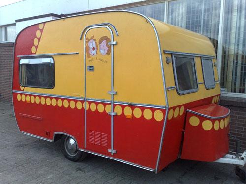 De B&A caravan van Jan.